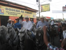 FYI: That's the Vice President of Nicaragua in the middle.